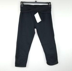 Fabletics Kastos Black Capri Leggings